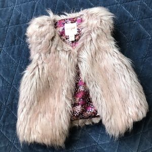 Cat & Jack Girls Faux Fur Vest